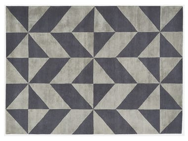 Rectangular rug with optical pattern OPTIC