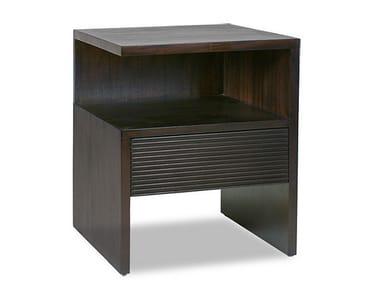 Comodino rettangolare in legno con cassetti GROOVE | Comodino