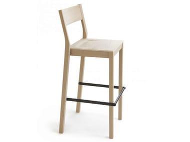 Wooden chair with footrest SKANDINAVIA KVBT6
