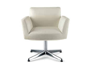 Swivel easy chair with 4-spoke base with armrests CHANCELLOR | Easy chair with 4-spoke base