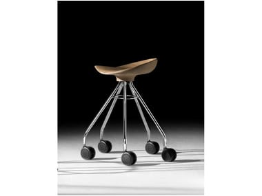 Low trestle-based wooden stool with castors JAMAICA | Low stool