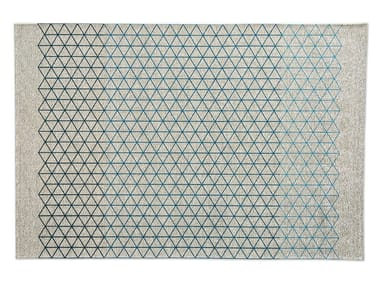 Rectangular rug with geometric shapes APOTEMA