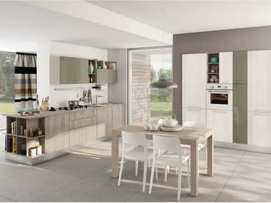 Linear fitted kitchen with handles KYRA