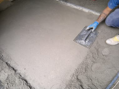 Screed and base layer for flooring FONOCLASSIC