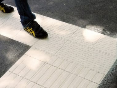 Indoor/outdoor full-body porcelain stoneware Tactile paving AUTONOMY
