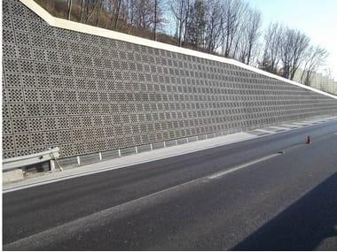 Sound absorbent concrete masonry block Rivestimento 'a secco' fonoassorbente