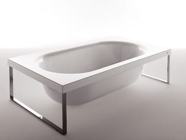 Methacrylate bathtub KAOS 1