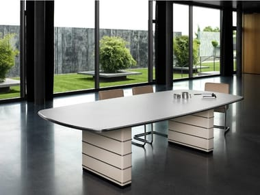 Rectangular steel meeting table TB 121 / TB 126