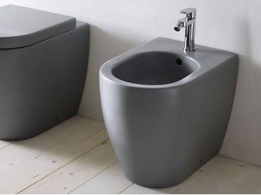 Floor mounted ceramic bidet SMILE | Bidet