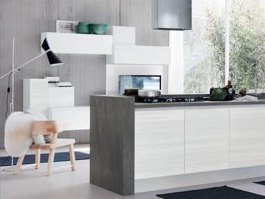 Küche ohne griffe  ESSENZA | Küche aus Holz By Cucine Lube