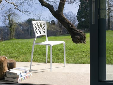 Stackable polypropylene chair VIENTO
