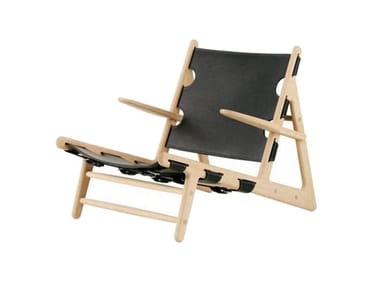 Tanned leather deck chair with armrests THE HUNTING CHAIR