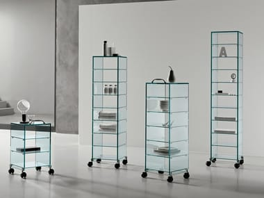 Glass display cabinet with casters DAPPERTUTTO