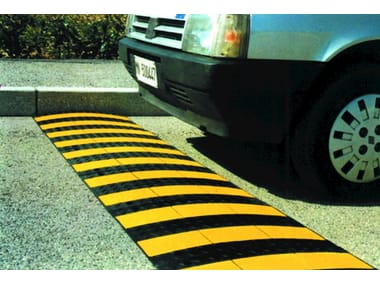 Traffic divider barrier, speed hump Speed bump