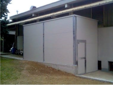 Sound insulating and sound absorbent cabin and screen Sound insulating and sound absorbent cabin and screen