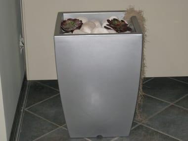 Steel vase Vaso