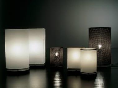 Lampe de table en papier-parchemin LOLLO