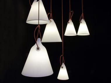 Lampada a sospensione per esterno a LED in polietilene TRILLY