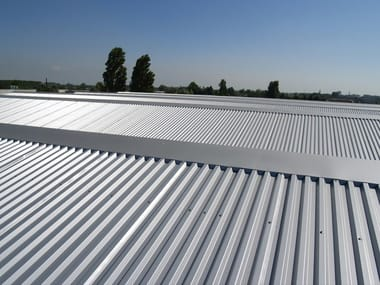 Insulated metal panel for roof TEK 28