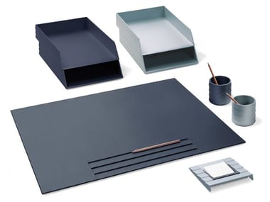 Technopolymer desk set STATUS | Desk set