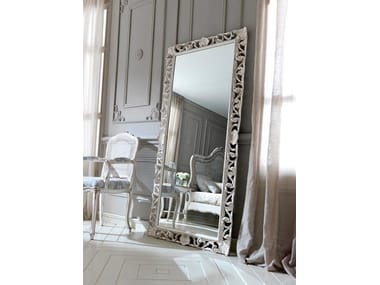 Freestanding framed mirror 3437 | Mirror