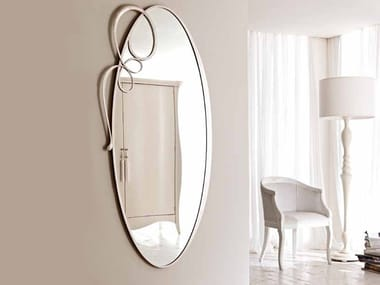 Wall-mounted framed oval mirror BIZET