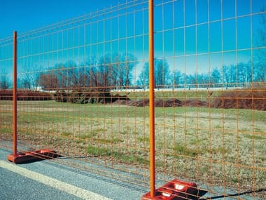 Construction site temporary and mobile fencing MOBICLIC