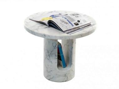 Round coffee table with integrated magazine rack U-TURN
