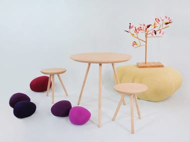 Folding round wooden table 2D | Table
