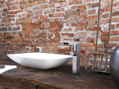 Miscelatore per lavabo monocomando con flessibile di alimentazione senza scarico LIBERA | Miscelatore per lavabo