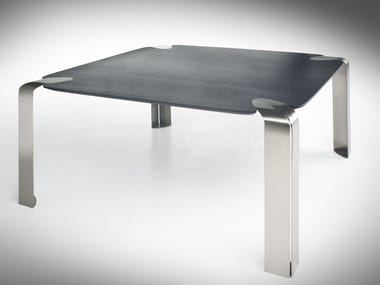 Square crystal table FLOW | Square table