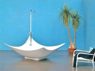Freestanding Pietraluce® bathtub LEGGERA