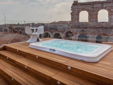 Built-in hydromassage outdoor hot tub PROFILE PRO