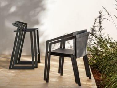 Banqueta alta de alumínio para jardim com apoio de pés PUSH | Banqueta