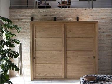 Armadi in legno massello | Archiproducts