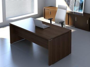 Rectangular melamine-faced chipboard office desk QUANDO | Rectangular office desk