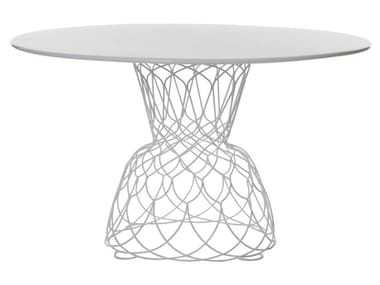 Round steel garden table RE-TROUVÉ | Round table