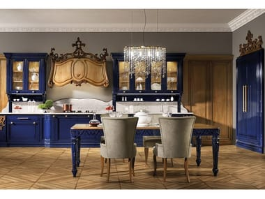 Classic style fitted kitchen REGINA 01