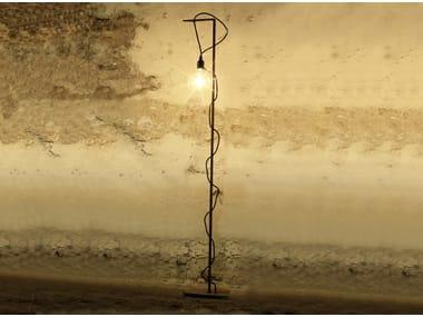 Lampada da terra in ferro RESNIK | Lampada da terra