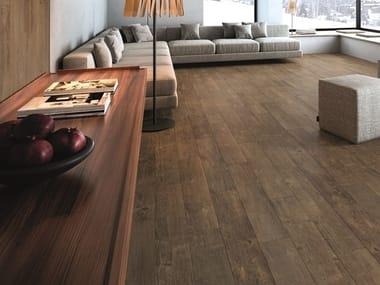 Pavimento/rivestimento in gres porcellanato effetto legno RESORT BROWN