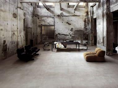 Pavimento/rivestimento in gres porcellanato effetto pietra REVSTONE CEMENT
