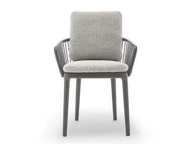Upholstered aluminium garden chair with armrests ROLF BENZ 232 YOKO | Garden chair