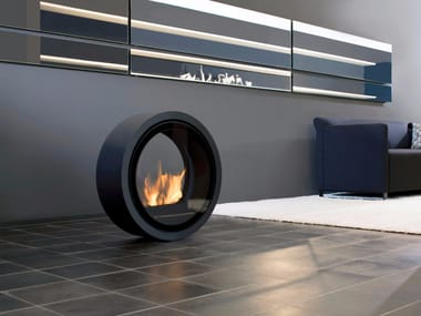 Freestanding bioethanol fireplace with panoramic glass ROLL FIRE