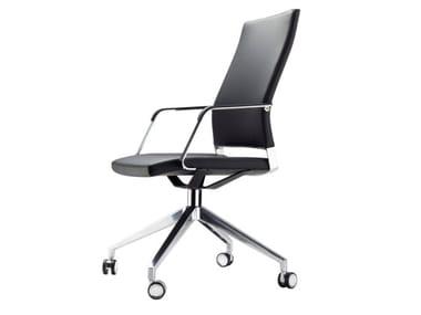 Cadeira operativa giratória com rodízios S 96 PFR