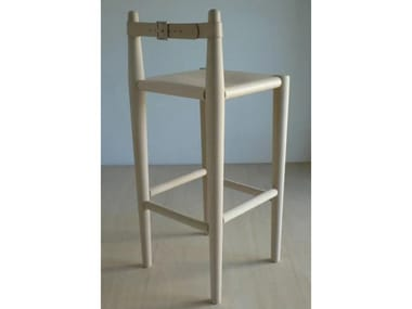 High barstool with back S2 | Stool with back