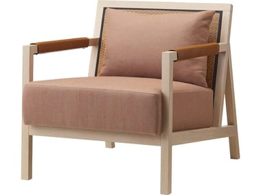Wood armchair with integrated cushion and igusa backrest SAIUN | Easy chair