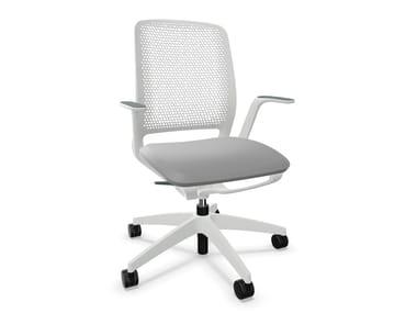 Sedia ufficio ad altezza regolabile in rete a 5 razze con braccioli SE:MOTION