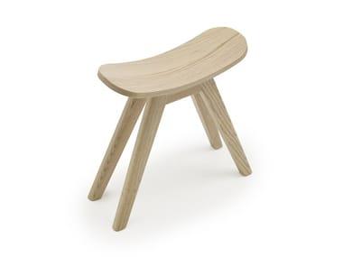 Low oak stool SETTLE