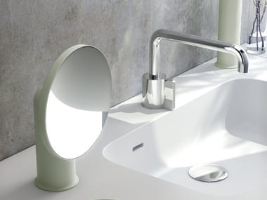 Specchio ingranditore rotondo da appoggio GEYSER | Specchio ingranditore