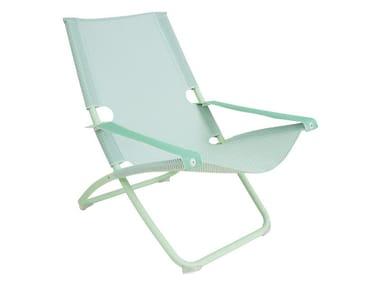 Folding deck chair with armrests SNOOZE | Deck chair